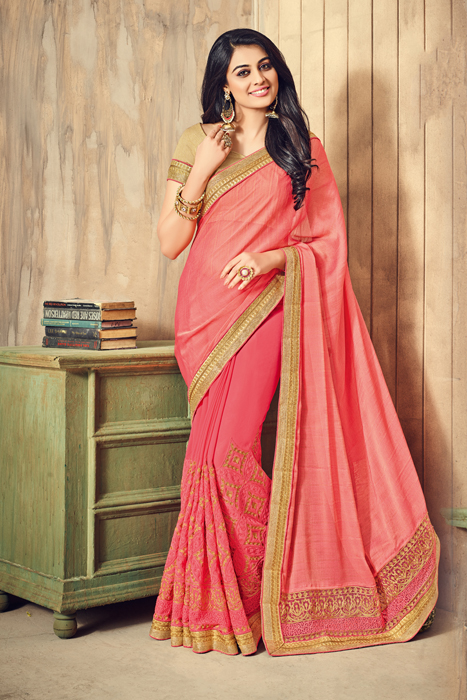 Golden Border And Palla In Peach Color And Semi Silk Fabric