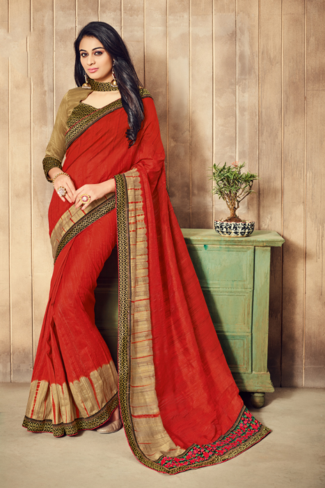 Maroon Saree With Golden Border And Embellishment