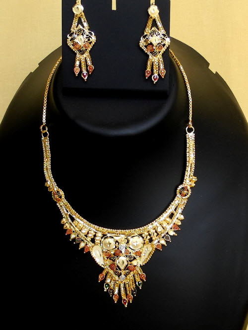 23.5 Carat Gold-Plated Necklace Set 10824