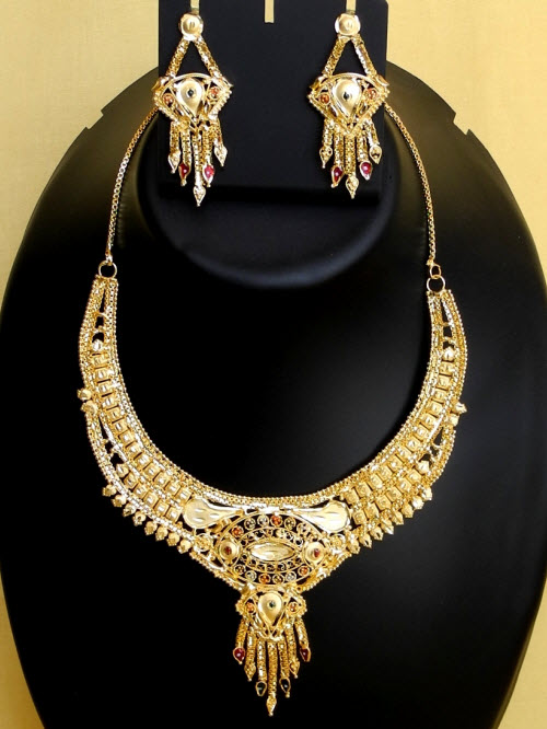 23.5 Carat Gold-Plated Necklace Set 10830