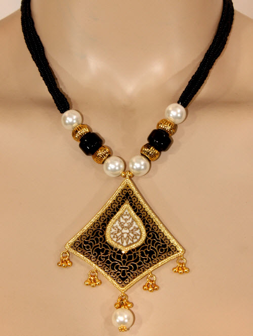 Traditional Thewa Pendant Set 11205