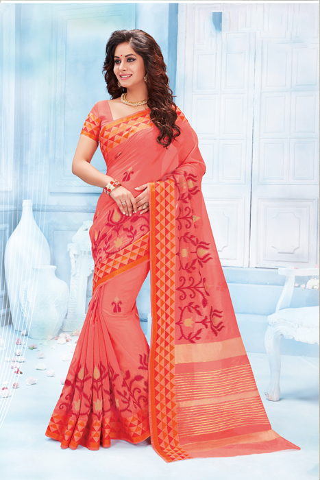 Peach Saree With Maka Print And Lining Border And weaved Florals