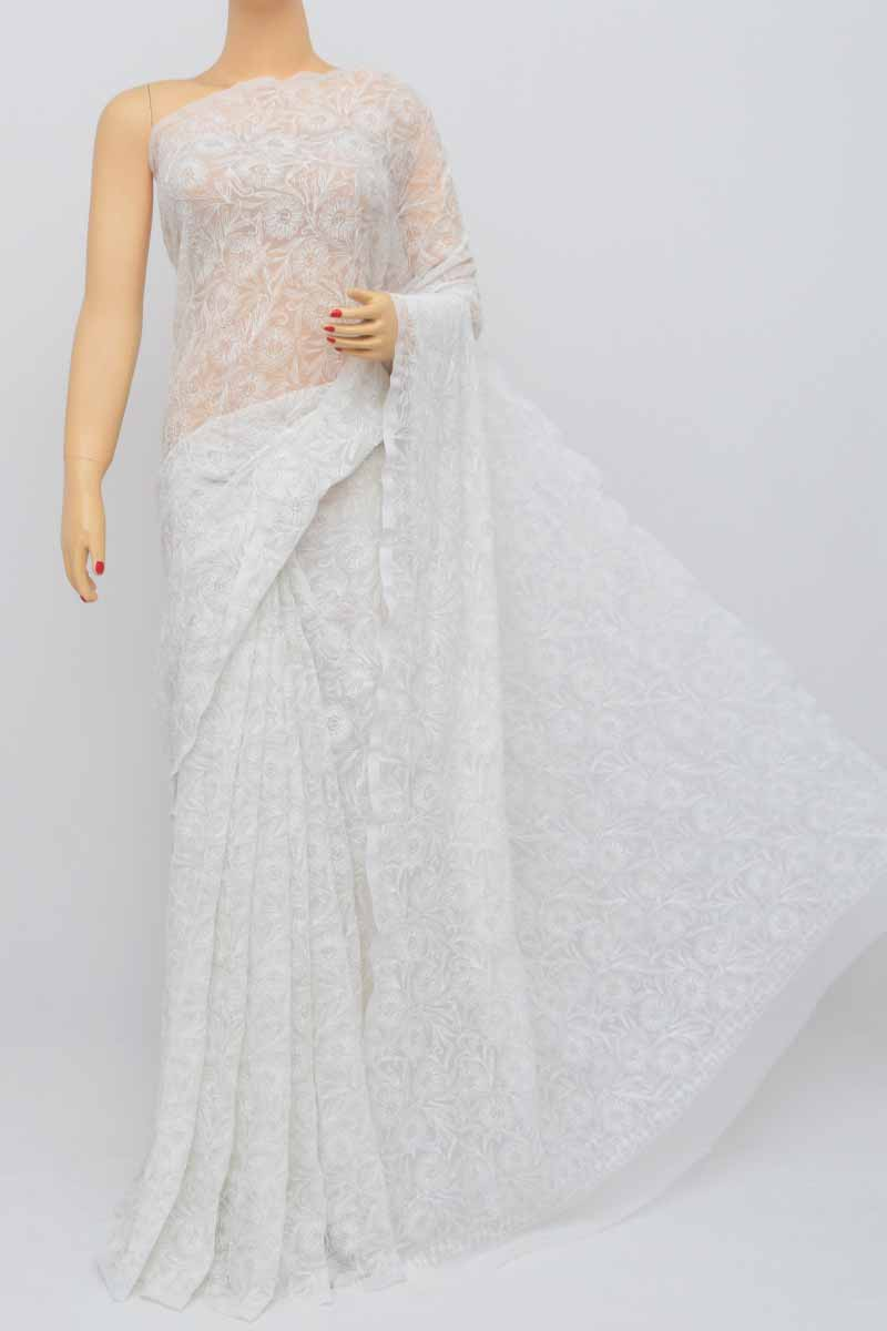 White Color Hand Embroidered Tepchi Work Lucknowi Chikankari Saree(with Blouse- Georgette) Sm250468