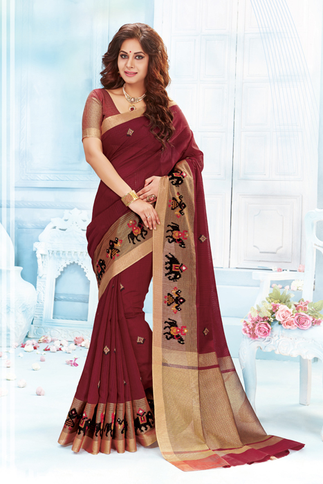 Maroon Saree With Zari Weaved Palla And Designer Border